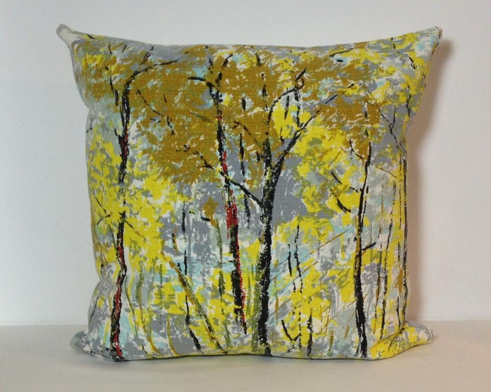 Retro 1970s Stylised Trees Scatter Pillow. Vintage Fabric. Cushion Cover
